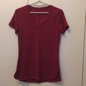 Lululemon Red Subtle V Neck SS Tee size 4
